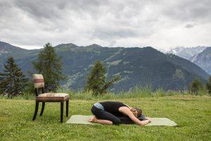 yoga for drug addiction  mindhealth360
